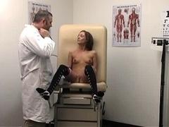 Sierra Sinn squirt in gynecologist