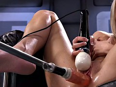 Blonde fucks machine and squirts