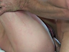 Model lingerie gf pounded in shavedpussy