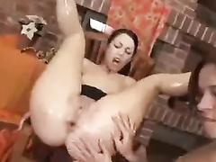 Super-Steaming girly-gal going fist deep double handed and object going fist deep