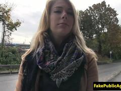 Euro amateur spreads her legs for a stranger