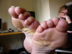 Mature smelly feet in your face