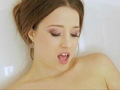 Sensual Taissia