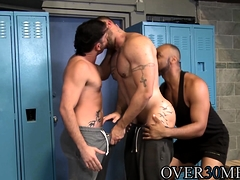 Muscular hunks ass fucking in after practice threesome