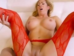 Mature Realtor Janna Hicks Gets Banged By Client