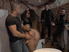 Domination, Femelle, Femme dominatrice, Fétiche, Humiliation, Public, Punition, Espagnole