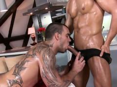 Pleasurable orall-service with sexy homo pair