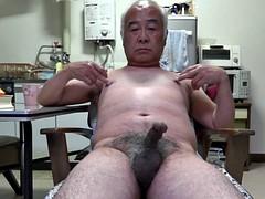 Asiatique, Grosse bite, Homosexuelle, Mamie, Branlette thaïlandaise, Japonaise, Masturbation, Mamelons