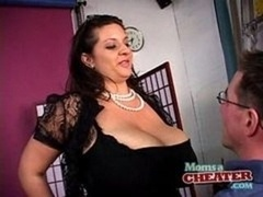 Mom's a cheater - Maria Moore