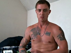tattoo men of the army str8 jerk in his room