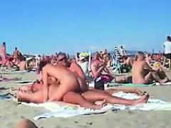 Amateur, Cul, Plage, Brunette brune, Mamelons, De plein air, Public, Voyeur