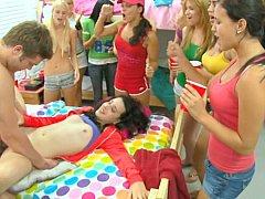 Rubia, Mamada, Universitaria, Linda, Residencia universitaria, Sexo duro, Fiesta, Adolescente