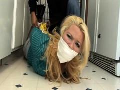 Kitchen blonde