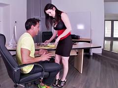 Gros seins, Brunette brune, Fétiche, Fétiche des pieds, Hard, Lingerie, Bureau, Actrice du porno