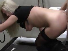 Public toilet is the best place for spontaneous sex with amateur