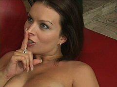 Gros seins, Brunette brune, Tir de sperme, Hard, Femme au foyer, Mère que j'aimerais baiser, Belle mère, Épouse