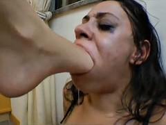 lesbian brasilian foot gagging