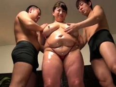 Mature Big Boobs Fuck Other girl with Sex Toy
