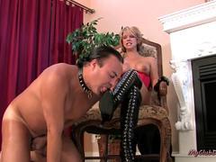 812 Nasty Mistresses Punishing Their Slaves
