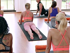 Yoga master bangs sexy blonde teen after class