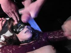 Slutwife swallows plenty of cumshots