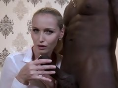 Hot-girl-cuckold-and-cumshot