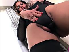 Fernanda khelher huge tits tranny puts the dildo in her ass