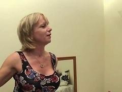 British Mom Kewl Wake Up Call