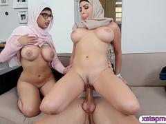 Mia Khalifa and Julianna Vega amazing threesome action