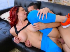 Curvy Cougar Brooke Beretta Gets Her Pussy Rammed