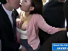 Asiatique, Gros seins, Brunette brune, Hard, Japonaise, Coréenne, Mère que j'aimerais baiser, Public