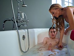 busty bombshell stacey saran pleasures jordi in the bathtub