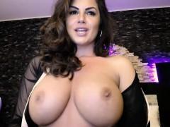 Brunette brune, Mère que j'aimerais baiser, Solo, Webcam