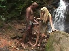 Nenita 18 rubia interracial al natural
